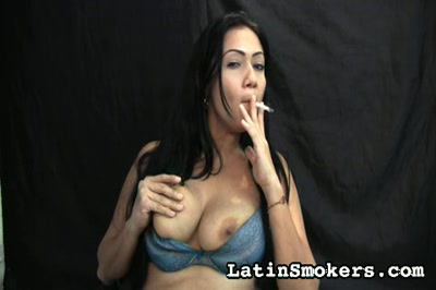 Chesty Mommy Smoking Fetish Type