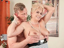 Learn How To Wank, Blow And Pulverize A Boner, Via Dimonty