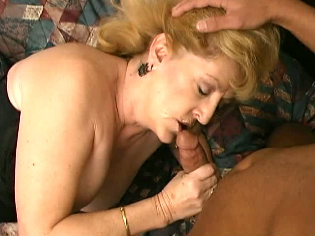 Unshod Chesty Ash-blonde Grandma Kitten Fox Deep-throating A Giant Ebony Salami In Bed Room