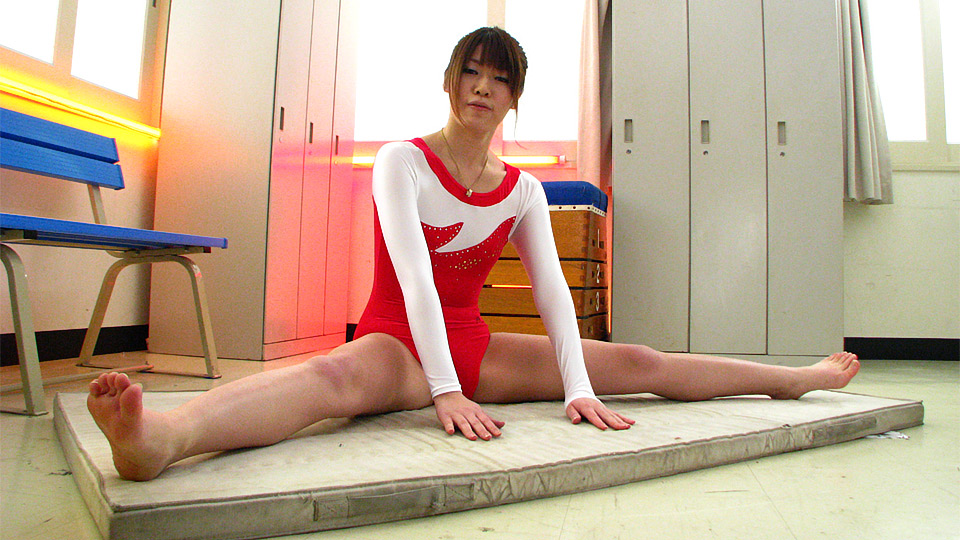 Aoyama Arisa Shoots A Load Over And Over From Playthings